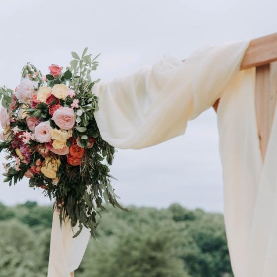 結婚式の日取りって、みんなどうやって決めているの??