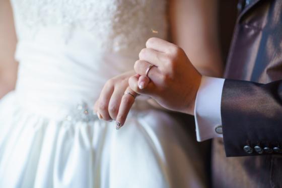 コラム更新しました-結婚が決まって用意するものって・・・-